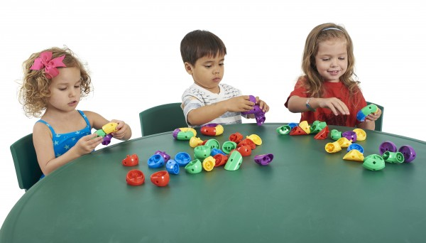 manipulative play for preschoolers the benefits of with manipulatives ecr4kids 29351