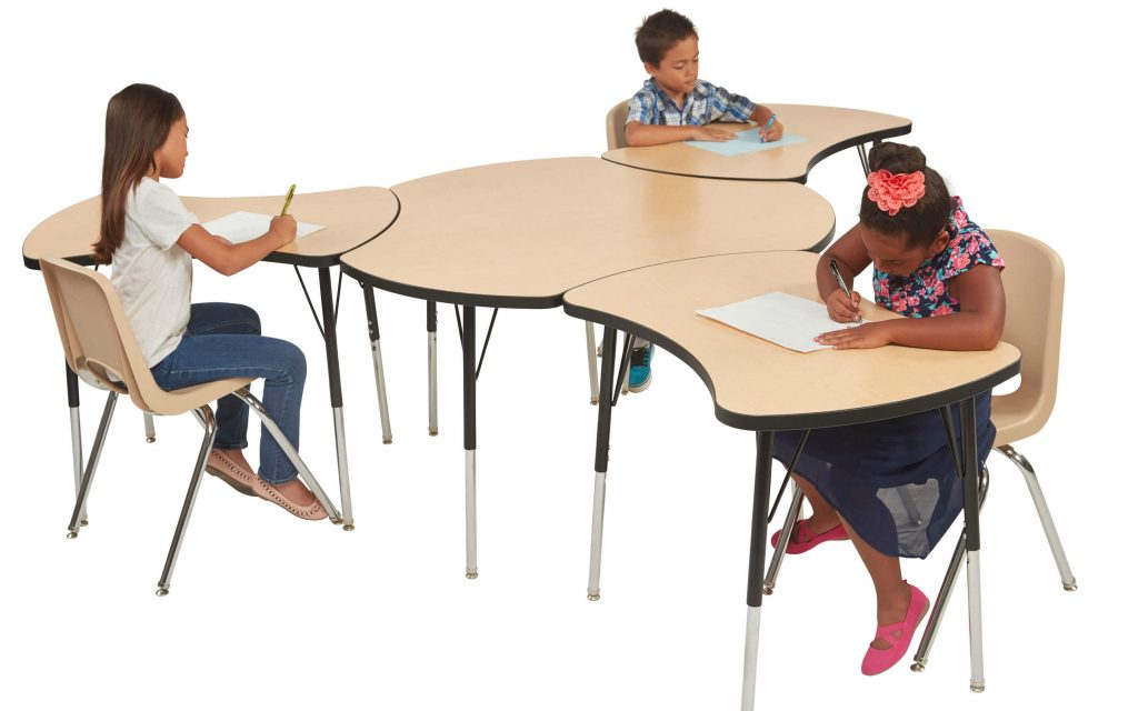 collaborative-learning-tables-ecr4kids-1